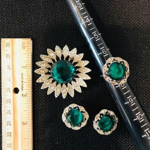 Set of Vintage Jewelry